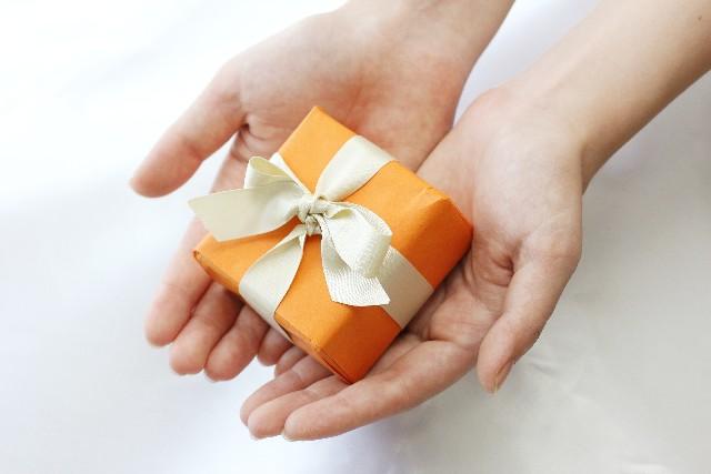 男女で違う!!心に残るクリスマスプレゼントの選び方!【彼氏へ贈る場合】