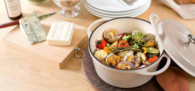 バーミキュラ鍋の無水カレーが旨い!贈り物にも最適の日本製ホーロー鍋!