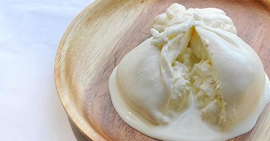 餅巾着みたいなチーズ・ブッラータ!通販とレシピ!