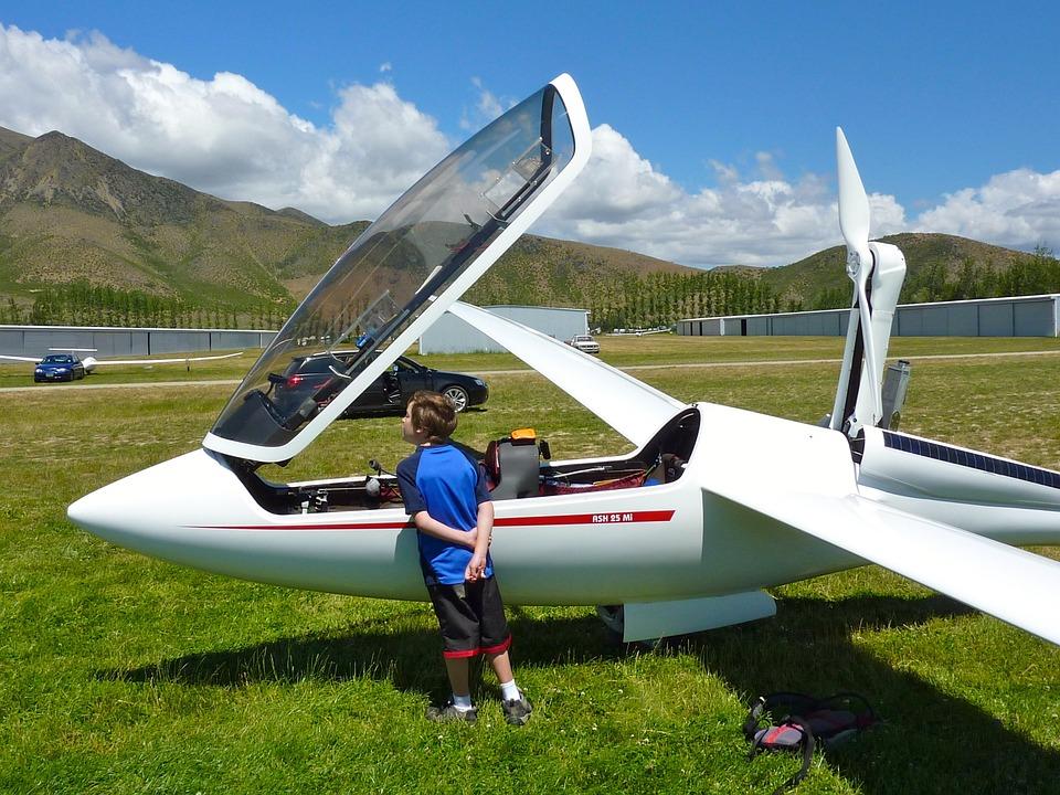 グライダー、飛行機