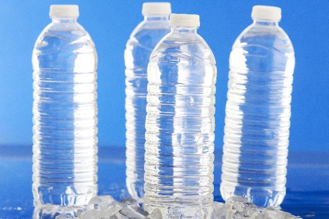 熱中症対策には?麦茶、スポーツドリンク、経口補水液どれがベスト?