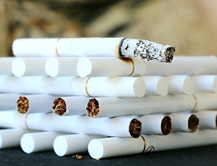 風邪とタバコの怖い関係!咳が長引く、味がまずい!その理由は・・・